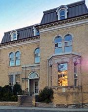 Devon House Condos - 150 Beverley Street