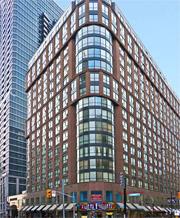 The Ellington Condos - 7 Carlton Street