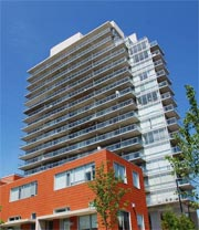 Dia Condominiums - 30 Canterbury Place