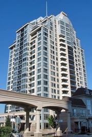 Waldorf Towers - 2-8 Rean Drive