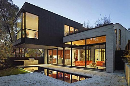 207 Ava Road - Cedarvale Ravine House