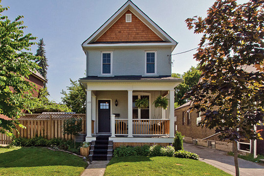 Toronto house prices surge