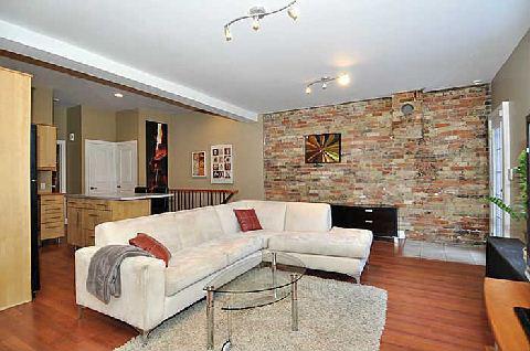 323 Queen Street East Lofts