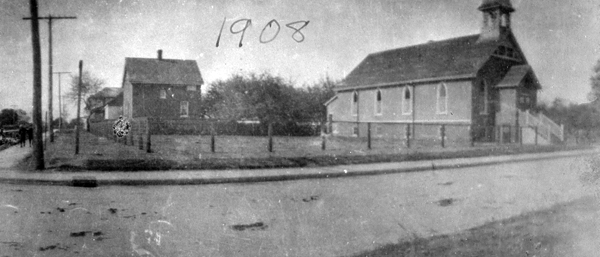 The Glebe Lofts - 660 Pape Avenue 1908
