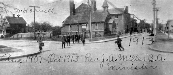 The Glebe Lofts - 660 Pape Avenue 1913