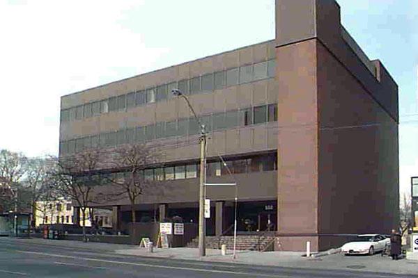 Soho Bayview Lofts - 562 Eglinton Avenue East